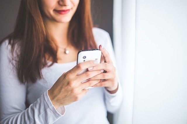 Google, WhatsApp und Co. – wie die digitale Welt unser Liebesleben beeinflusst!