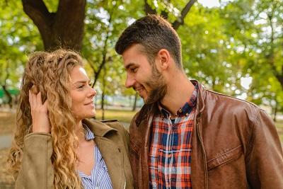 verlieb-dich.at: online flirtsignale verstehen